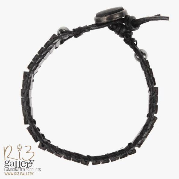 دستبند مدرن سنگ حدید سیاه