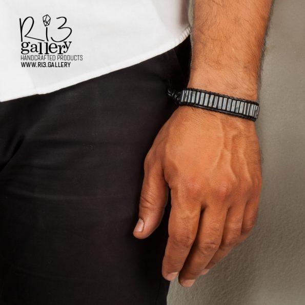 دستبند مردانه چرمی سنگ حدید | ریسه گالری