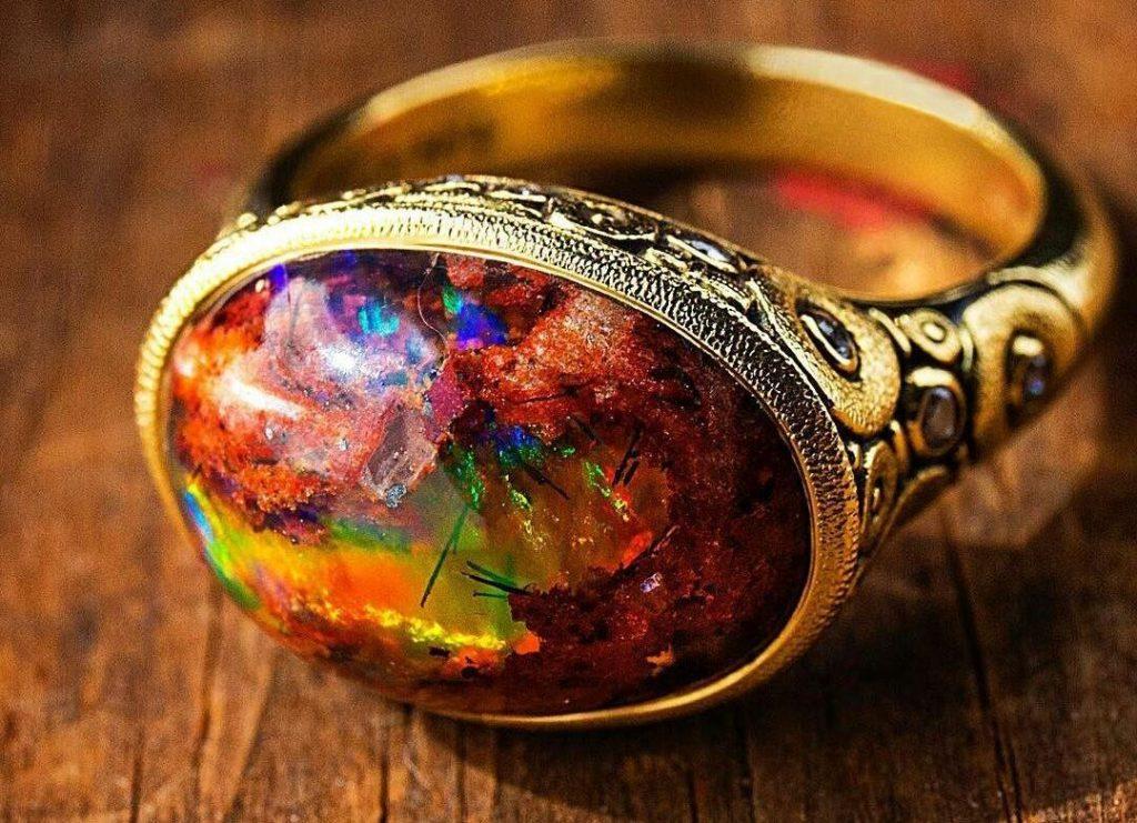 نگهداری از سنگ اوپال