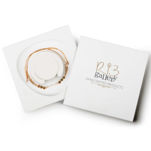 بسته بندی دستبند زنانه طلا طرح سنگ | ریسه گالری