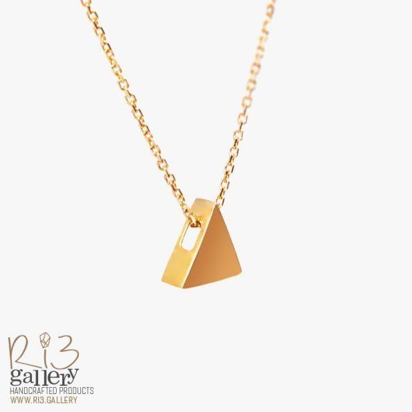 خرید گردنبند طلای زنانه مثلثی ریسه گالری