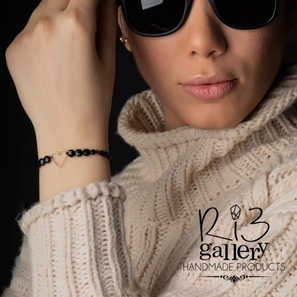 دستبند طلا زنانه طرح قلب دارای 0.400 گرم طلا 18 عیار ریسه گالری