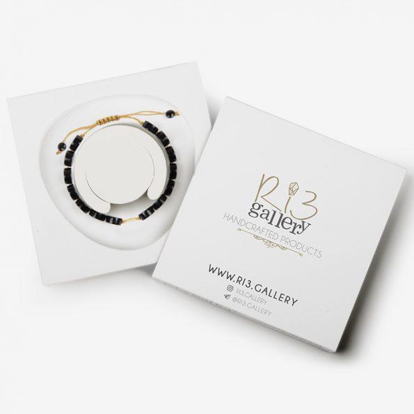 بسته بندی دستبند طلا زنانه عقیق گرد