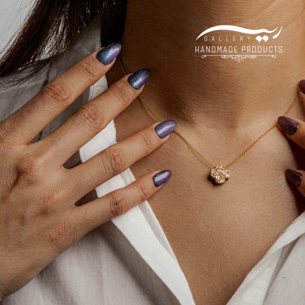 گردنبند طلا زنانه ژئود طرح ونکلیف طلایی ریسه گالری