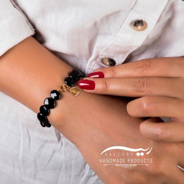 دستبند طلا زنانه ملکه سیاه فروشگاه اینترنتی زیورآلات دست ساز ریسه گالری