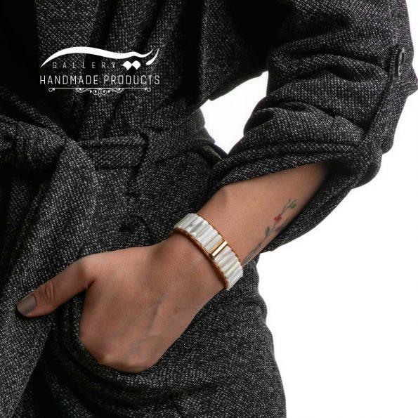دستبند طلا زنانه چرمی صدفی