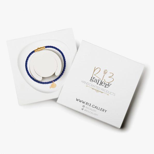 بسته بندی دستبند طلا زنانه ماهی آبی