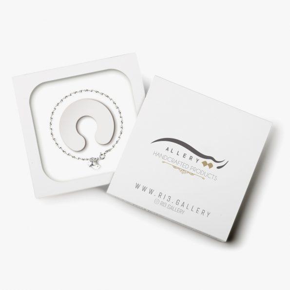 بسته بندی دستبند نقره زنانه بتا