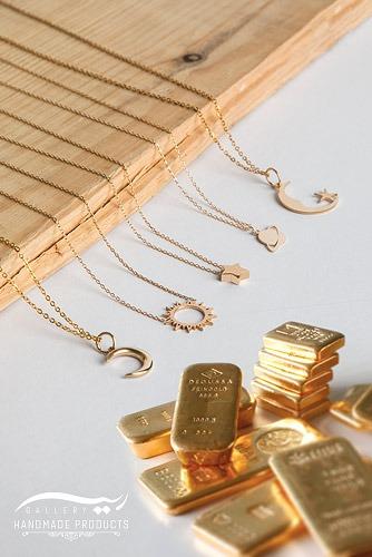 خرید طلا 18 عیار