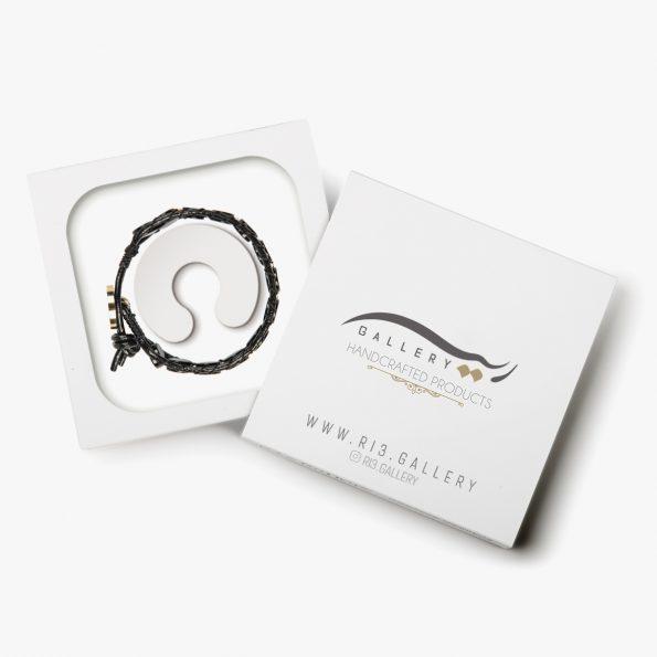 بسته بندی دستبند طلا زنانه چرمی کروئلا