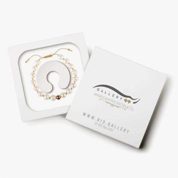 بسته بندی دستبند طلا زنانه آرادخت