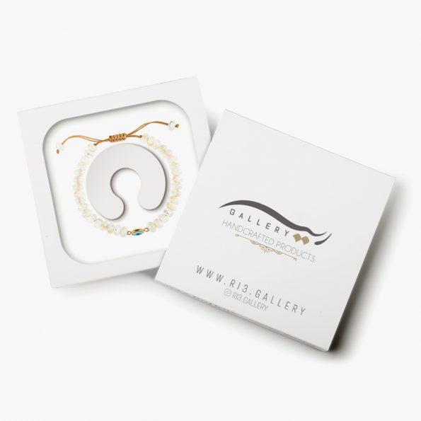 بسته بندی دستبند طلا زنانه تیارا