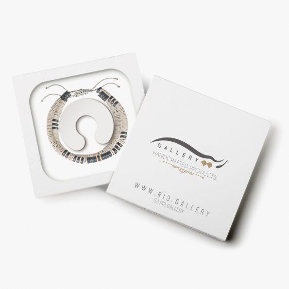 بسته بندی دستبند طلا کایاک